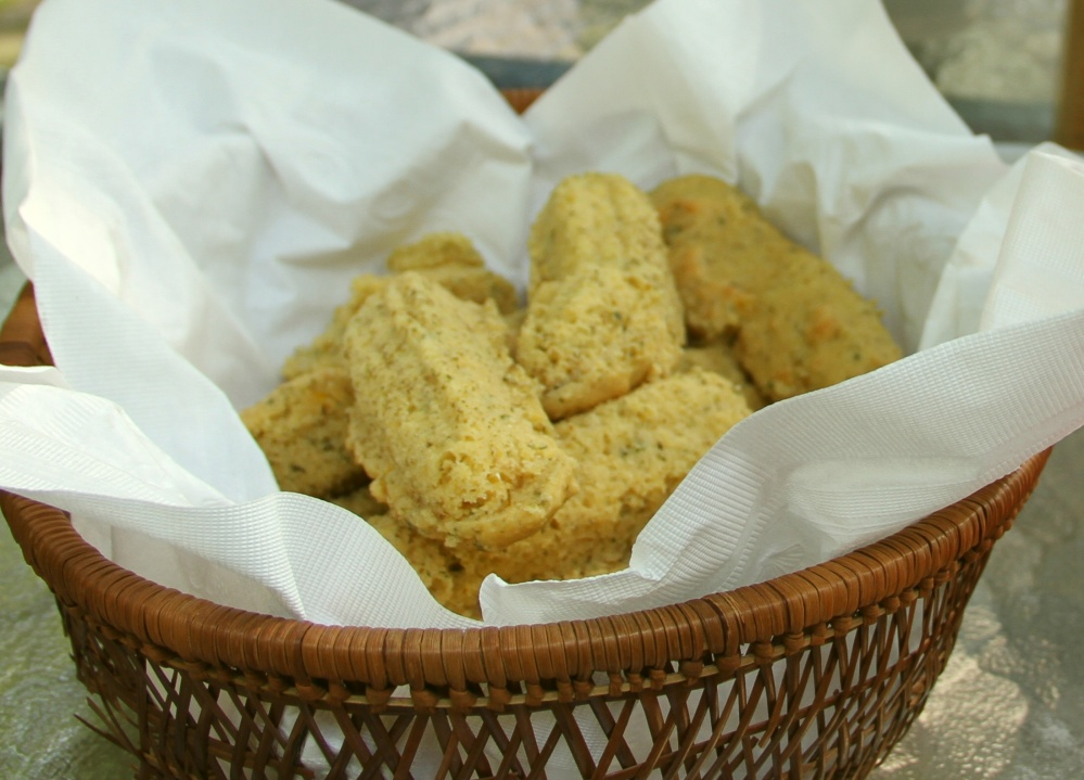 Lime-Cilantro Corn Bread with Honey Butter (4/4)