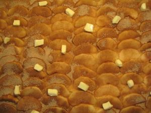 Making Apfelkuchen